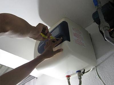 Chuyên dịch vụ sửa bình nóng lạnh không vào điện giá rẻ 0925.108.999