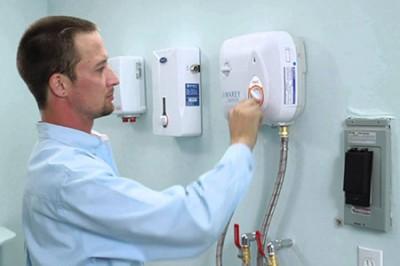 Bảo dưỡng bình nóng lạnh lâu nóng tại nhà giá rẻ